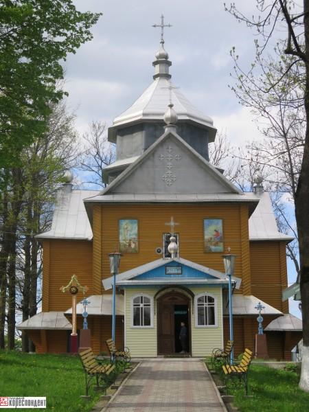 космач церква