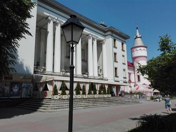кінотеатри люмєр