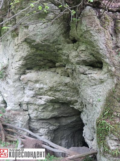 печера думка 2