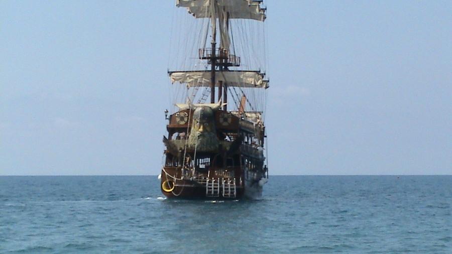 Пірати Середземного моря