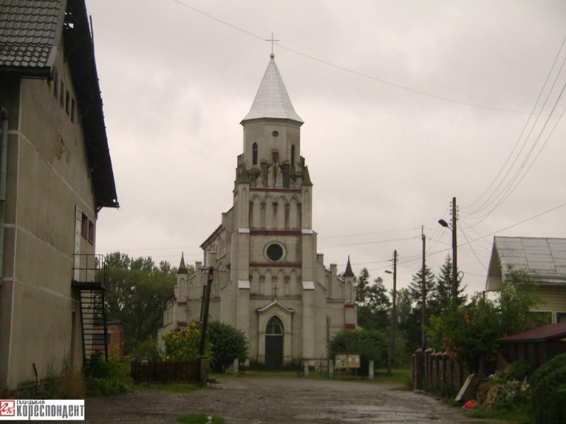 rymo-kat-kostel-zabolotiv