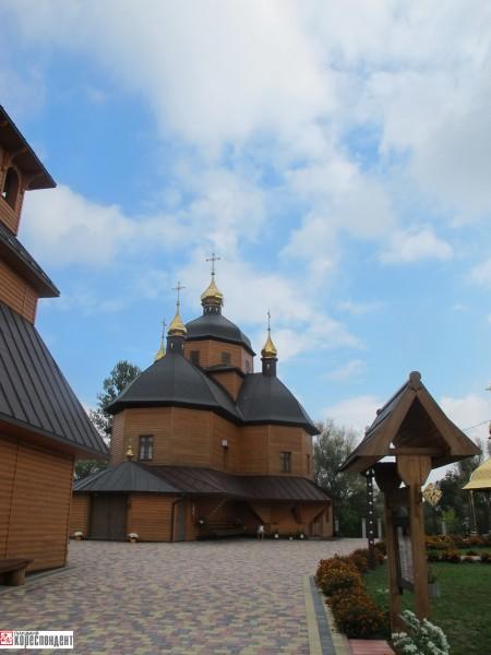 6a-monastyrska-tserkva