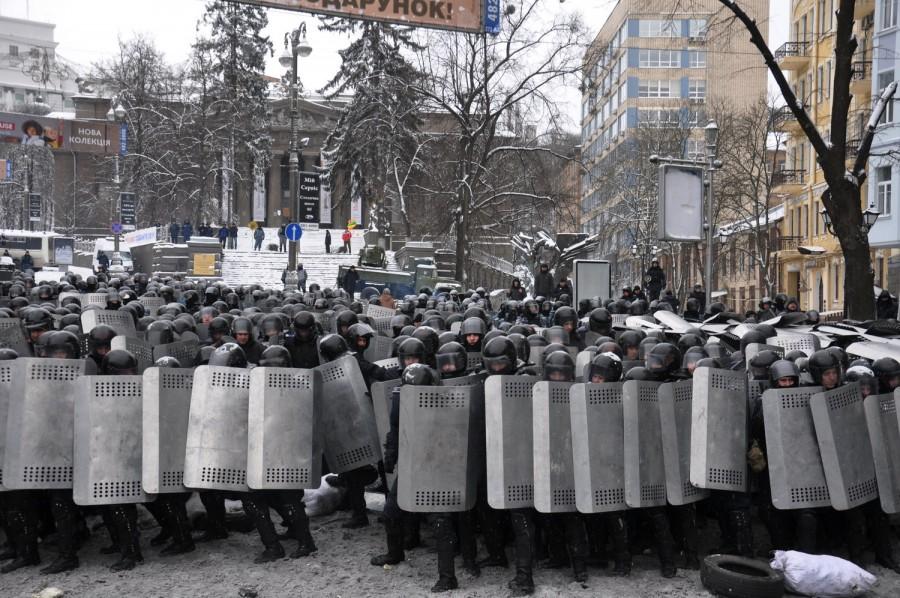 Беркутівці ідуть проти народу