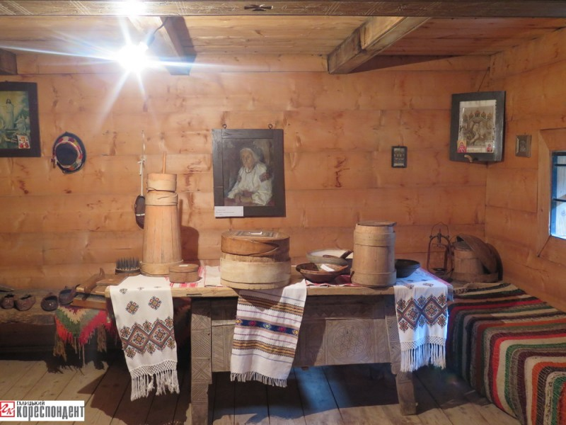 muzej-hata-grazhda-s-kryvorivnya-2