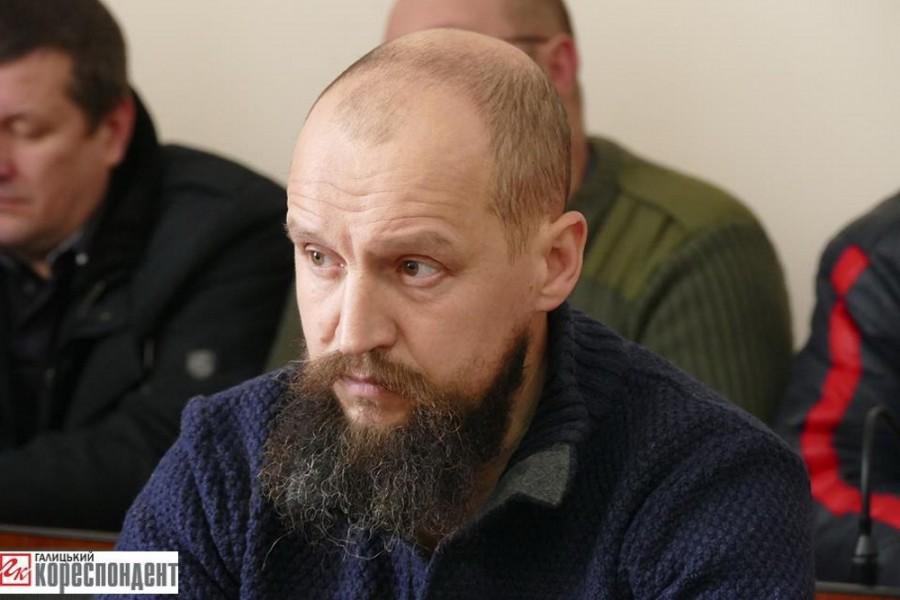 Олег Бутусін