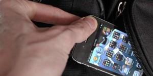 Kradizhka-mobilnogo-telefonu-te