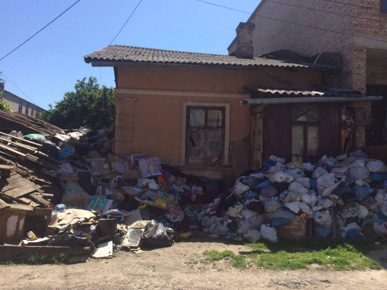 Відео сусідка по будинку фото 729-308