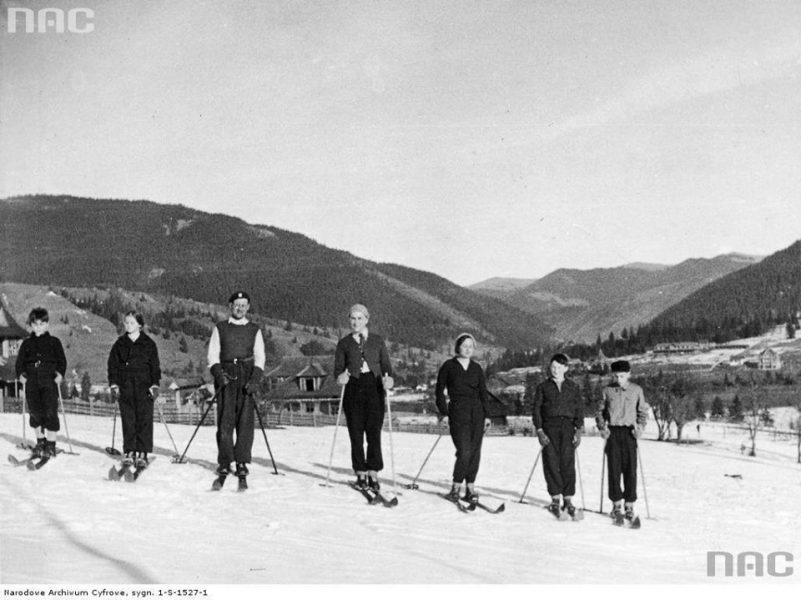 Лещетарство в Карпатах. Як розвивався лижний спорт на Прикарпатті у міжвоєнний період (вінтажні фото)