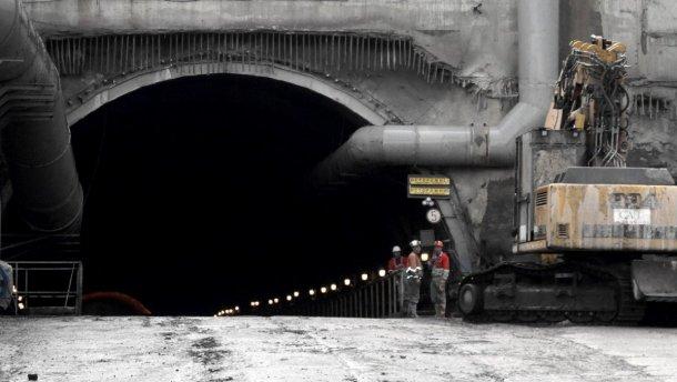 Будівництво залізничного тунелю у Карпатах може бути завершено раніше запланованого терміну