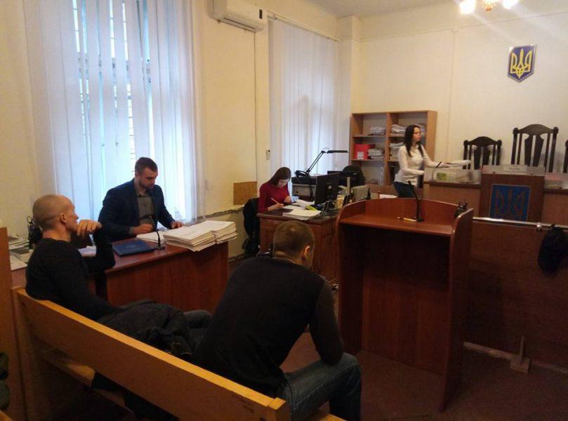 """Суд """"стрільців з """"Пасажу"""" знову переносять: не з'явилася адвокат"""