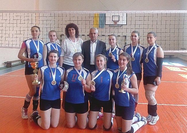 Жіноча збірна ПНУ з волейболу перемогла в обласному чемпіонаті