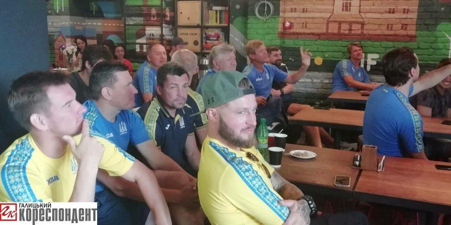 До Івано-Франківська, для участі у благодійному турнірі, завітали легенди українського футболу (фоторепортаж)