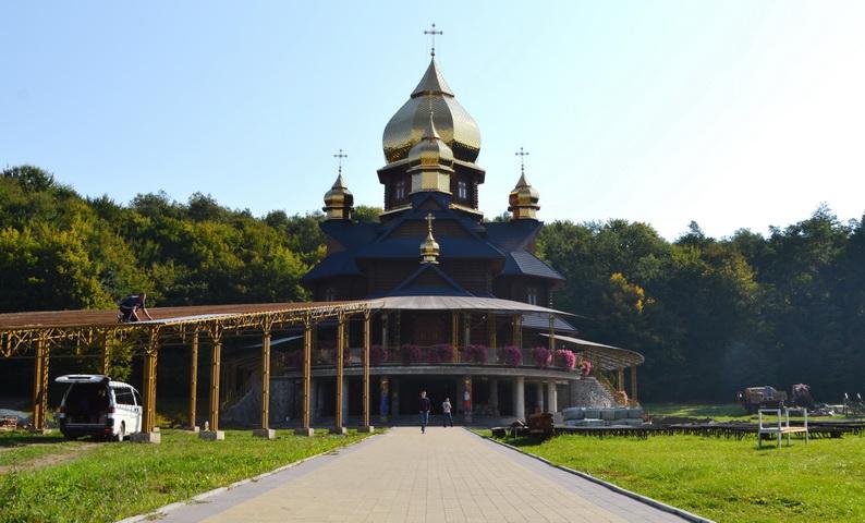 На Тисмениччині готуються до проведення Міжнародної прощі Вервиці