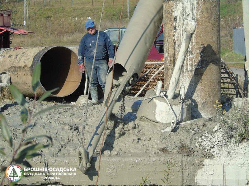 У Рожнятівському районі будують новий міст (фоторепортаж)