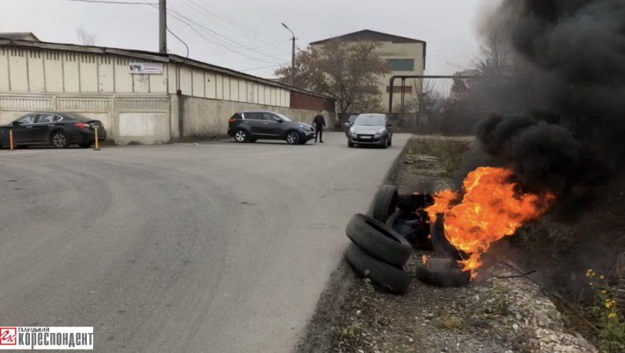 Франківська митниця розсадник корупції та незаконних поборів? (фоторепортаж)