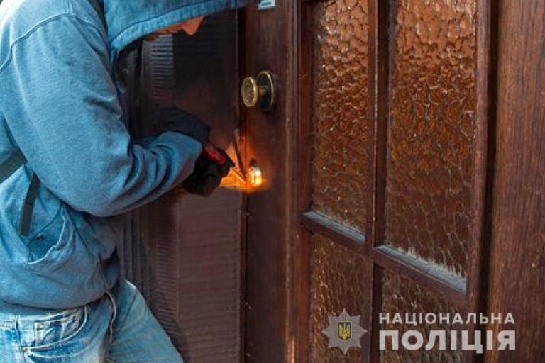 На Прикарпатті почастішали крадіжки з помешкань