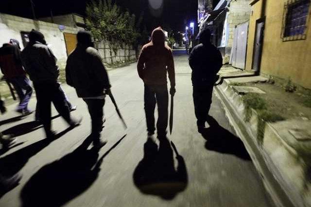 """В Івано-Франківську засудили велику банду неповнолітніх """"гопників"""", які вчинили цілий ряд особливо жорстоких злочинів"""