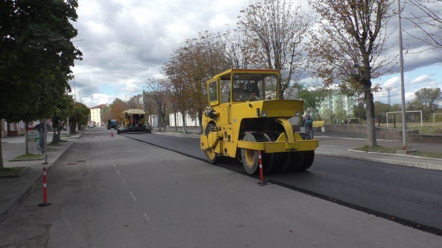 У Долинській ОТГ капітально ремонтують дорогу